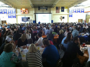 Trivia-Night-2015-crowd-at-Gross-Catholic-HS-gym.