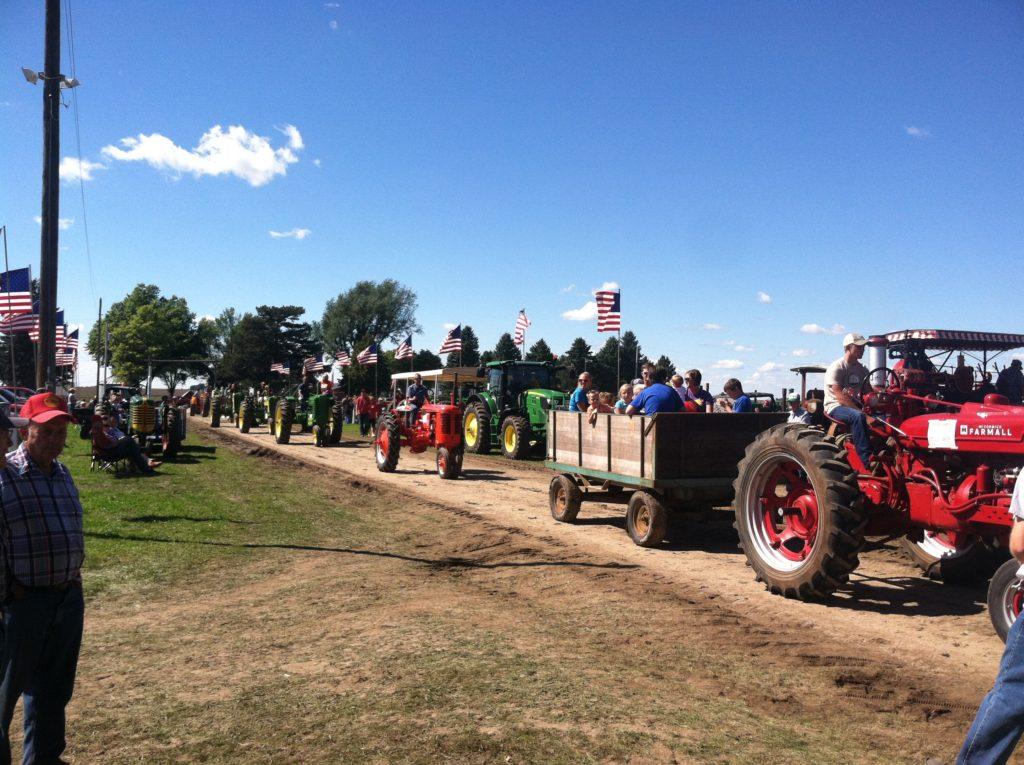 carstens-farm-day-parade